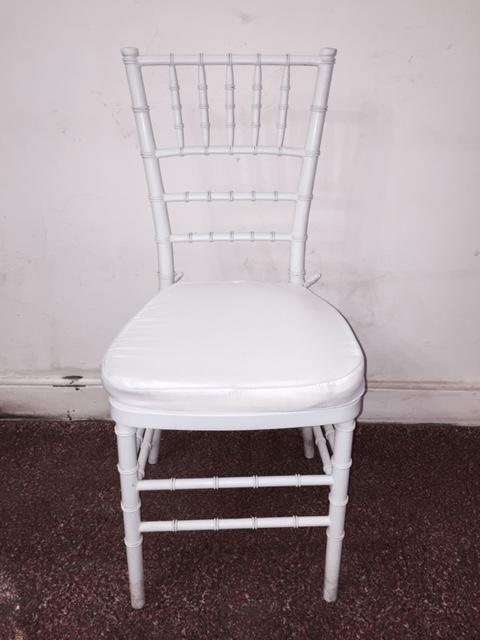 Alquiler sillas para eventos al mejor precio en santiago for Sillas para rentar