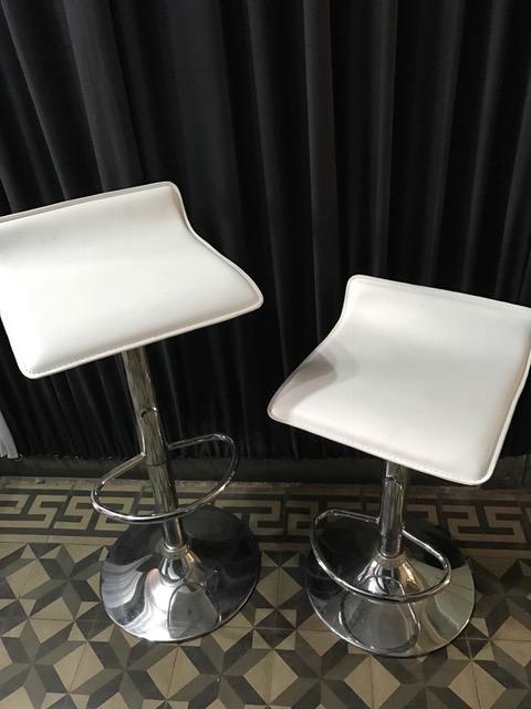 Arriendo de sillones en santiago al mejor precio llamanos for Sillones en ele precios