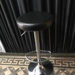 taburete-redondo-negro-150x150 Arriendo de sillones en Santiago al mejor precio